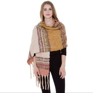 Accessories - Striped Pattern Blanket Scarf with Fringes💗
